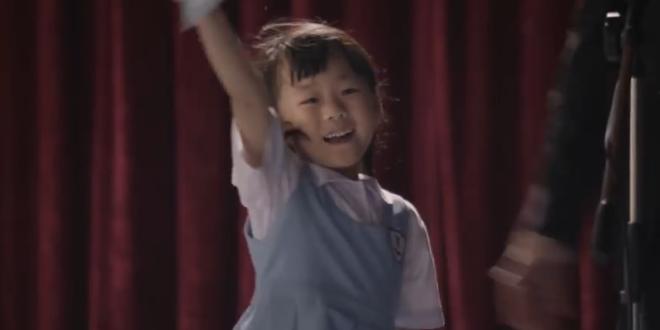 """""""Ardhmëria e fëmijës vlen çdo sakrificë"""" një video shumë prekëse"""